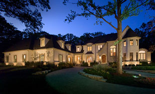 Custom Home in Riverwoods by Roth Architects